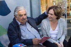 Ada Colau et Jose Mujica, ancien président d'Uruguay, la semaine dernière.