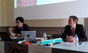 """Kenzi Riboulet-Zemouli et le Dr Olivier Bertrand lors de la session 4 des assises """"Cannabis Social Club, acte 2"""" au Palais du Pharo le 10 juin 2016."""