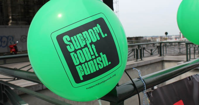 CP #7 Support Don't punish 2015: 7 villes se mobilisent contre la répression des usager-e-s des drogues